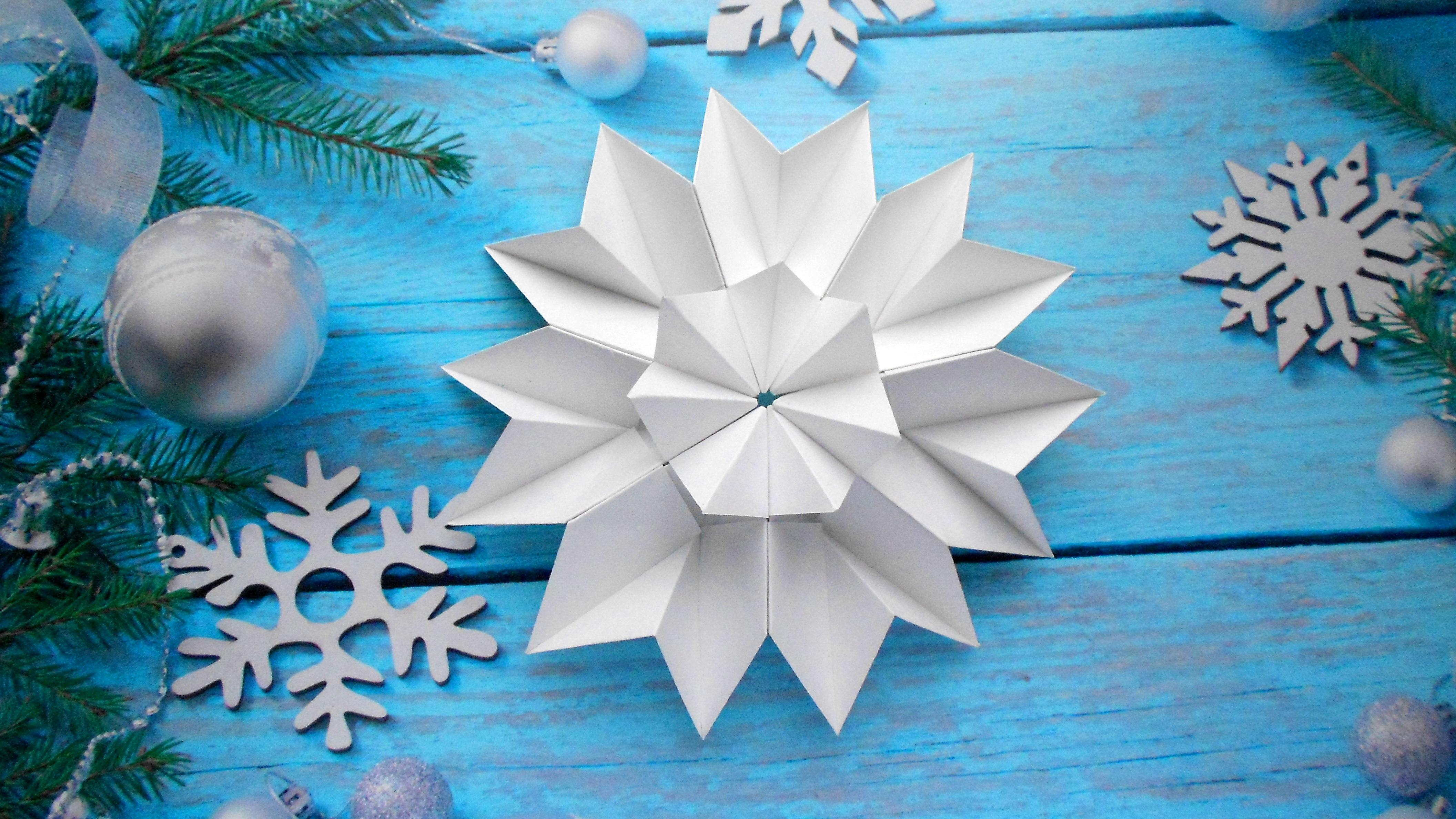 Несложные снежинки из бумаги своими руками фото 384