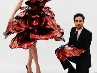 стеклянное платье 2